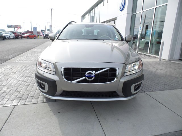 Pre-Owned 2013 Volvo XC70 T6 Premier Plus